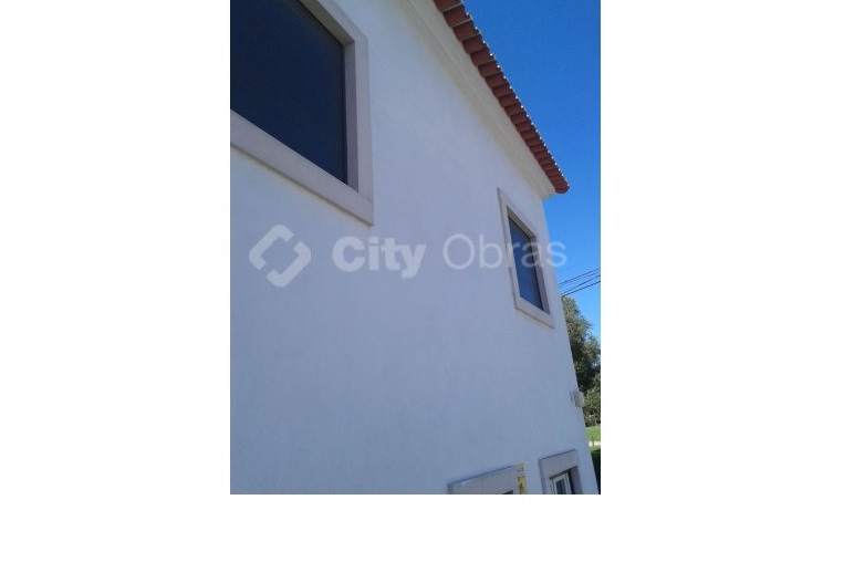 Remodelação geral de vivenda pintura de fachadas