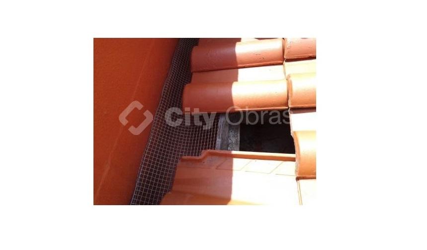 reabilitação de cobertura com proteção edifício
