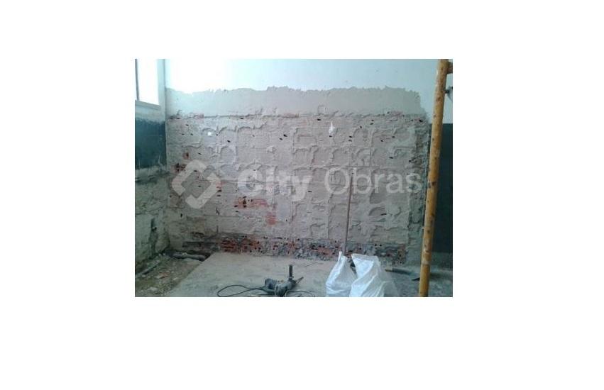 trabalhos de remodelação em casas de banho